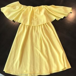 Alice and Olivia yellow off-shoulder dress